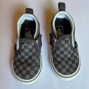 Gray/Black checkered Vans for toddlers